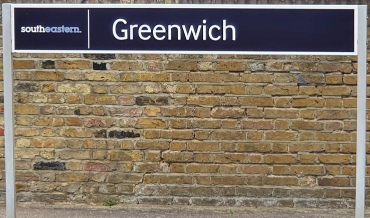 Greenwich sign (2)